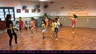 getlinkyoutube.com-La La La - Flashmob Taca Emca
