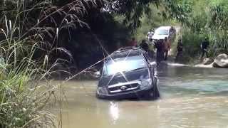 getlinkyoutube.com-Toyota Hilux offroad Ulu Slim River 4x4 (MORExtreme) 2013 Malaysia.