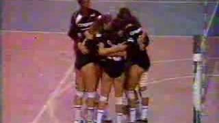 getlinkyoutube.com-Volei 5ºSET Final Liga Nacional Lacqua x Colgate Pt.1 (1991)