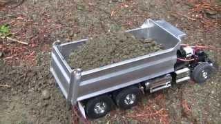 getlinkyoutube.com-King Hauler Dump Truck Magnetic gate test with wet gravel