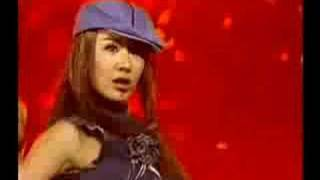 getlinkyoutube.com-Uhm Jung Hwa - It's OK, Go Away 괜찮아요, 다가라 live Music Bank