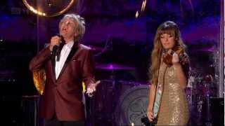 getlinkyoutube.com-Rod Stewart - Christmas Live at Stirling Castle HD 21-nov-2012