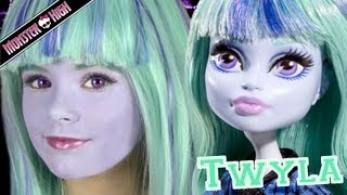 getlinkyoutube.com-Monster High Twyla Doll Costume Makeup Tutorial for Halloween or Cosplay  |  KITTIESMAMA