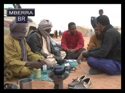 مخيمات امبيرى مع موسيقي الطوارق الجميله