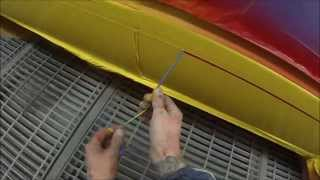 getlinkyoutube.com-How to Spray Paint Racing Stripes on Car Body