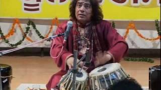 getlinkyoutube.com-Ustad Tari Khan Tabla Solo in India -5