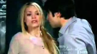 "getlinkyoutube.com-Julian mata a Valeria en ""Alguien te mira"""
