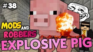 getlinkyoutube.com-THE GIANT EXPLODING PIG PRANK - Minecraft Modded Cops and Robbers (Meteor Pig Mod)