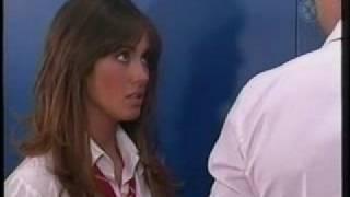 getlinkyoutube.com-Franco esta feliz por que Mia y Miguel son novios