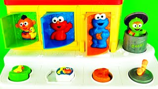 getlinkyoutube.com-Sesame Street Pop-Up Pals Surprise Eggs Baby Toys    Learn Colors with Ernie Elmo Cookie Monster