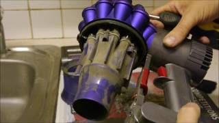 getlinkyoutube.com-How to clean the Dyson V6 / DC59 Cordless Vacuum Cleaner