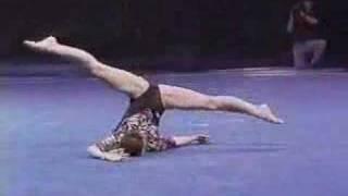 getlinkyoutube.com-Lavinia Milosovici - 1995 Superstars of Gymnastics - Floor Exercise
