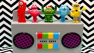 getlinkyoutube.com-Yo Gabba Gabba Boombox Playset Play-Doh Surprise Eggs - itsplaytime612