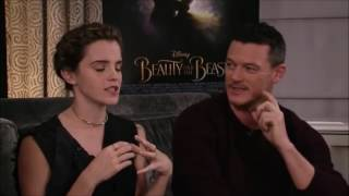 getlinkyoutube.com-Beauty and the Beast cast live chat on Facebook