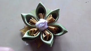 getlinkyoutube.com-diy craft -  simple flower brooch handcrafted from satin ribbon