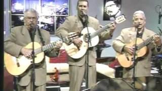 Trio Los Condes * Amor de Mis Amores