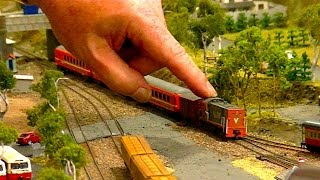 getlinkyoutube.com-Amazing Trains At St Lukes 28th Model Railway Exhibition Hand Of God Special
