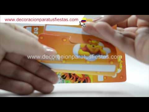 Tarjeta de invitación a cumpleaños infantiles con tema de Winnie Pooh