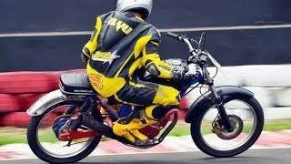 getlinkyoutube.com-Honda CB - Penakluk Sirkuit Sentul