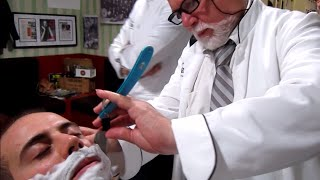 getlinkyoutube.com-💈 Old School Italian Barber - Shave with Straight Razor and hot towel - ASMR intentional sounds