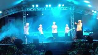 getlinkyoutube.com-Moving Force Chef Dance