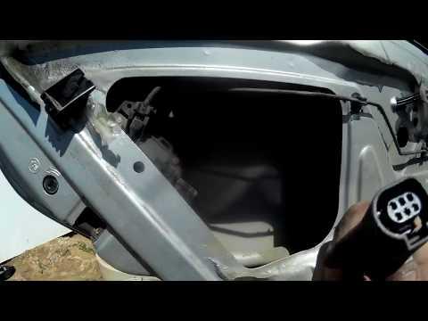 Где находятся в Volkswagen Пассат разъемы подушек безопасности