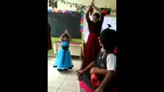 Enjoy Mother and daughter dancing.