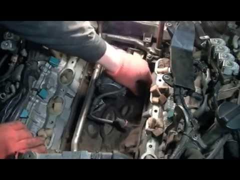 Снимал стартер с тойоті LC 100 V8
