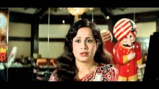 getlinkyoutube.com-Indian Movie - Namak Halaal - Drama Scene - Amitabh Bachchan - Om Prakash - Dadu A Gentleman