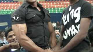 getlinkyoutube.com-Indian Army Bodybuilder