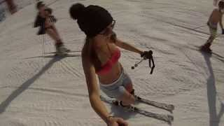 getlinkyoutube.com-Ski en maillot de bain / Skiing in bikini
