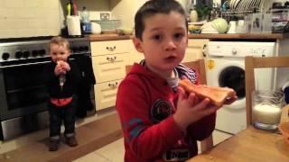 getlinkyoutube.com-Little kids falling for ice cream