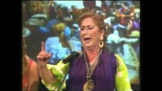 getlinkyoutube.com-Sevillanas : Lola de los Reyes - Tres medallas