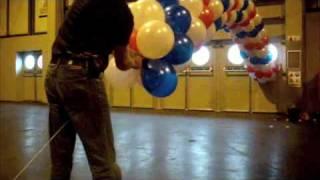 getlinkyoutube.com-How to make a balloon arch
