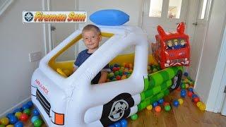 getlinkyoutube.com-Rare Giant Ambulance Inflatable Ball Pit Fun Fireman Sam Fire Engine Feuerwehrmann Sam