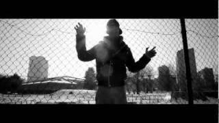 getlinkyoutube.com-EMIS KILLA - COME UN PITBULL (OFFICIAL STREET VIDEO)