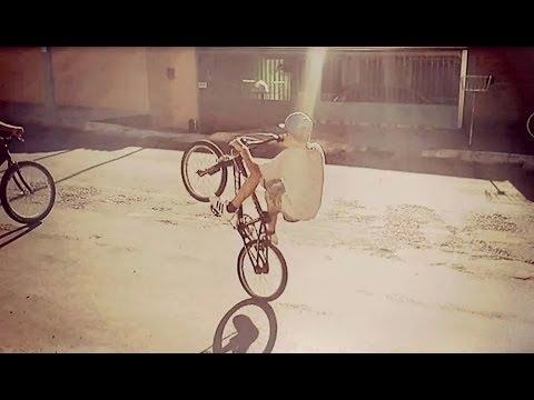 como empinar de bike
