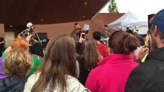 getlinkyoutube.com-Kane Brown - Used to Love You Sober - Live in Dalton, Ga