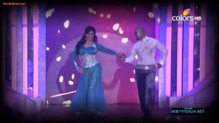 getlinkyoutube.com-The most amazing performance of zareen khan