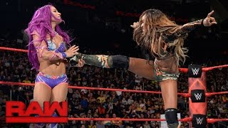 WWE Raw 10/16/17 Sasha Banks vs Alicia Fox width=