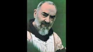 getlinkyoutube.com-La voce di Padre Pio e la sua Santa Benedizione