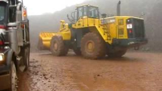 getlinkyoutube.com-600 Komatsu Loader Loading Dump Trucks