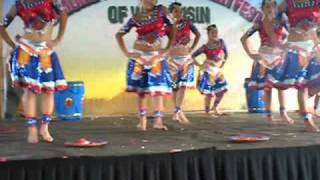 getlinkyoutube.com-Nkauj Hmoob Usa - Labor Day 3rd round Dance performance