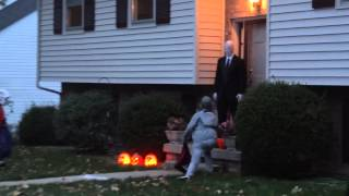 getlinkyoutube.com-Slenderman on Halloween - 2012