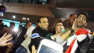 getlinkyoutube.com-وصول مينا عطا و محمد شاهين لمطار القاهره