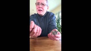 getlinkyoutube.com-Batterie Wechsel bei einer Armbanduhr