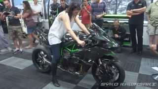 getlinkyoutube.com-Kawasaki H2R (Track Version) Exhaust Sound