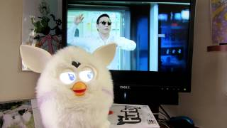 getlinkyoutube.com-New Furby Dances to Gangnam Style