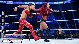 getlinkyoutube.com-Nikki Bella & Brie Bella  vs. Naomi & Sasha Banks: SmackDown, July 23, 2015
