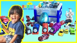 getlinkyoutube.com-EGG SURPRISE TOYS Disney Cars Thomas and Friends Family Fun Playtime Outside Ryan ToysReview